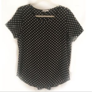 Pleione Top Pleated Back Black and White Print